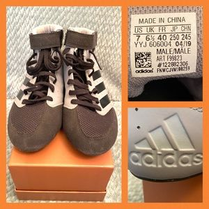 Adidas Men's boxing high tops in size 7